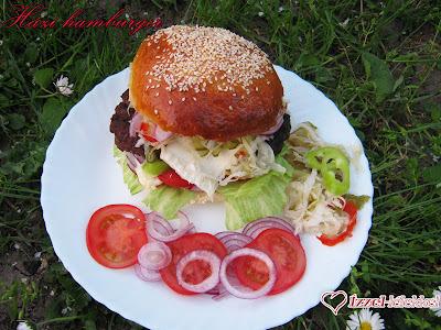 Grillszezon köszöntő házi hamburgerezés