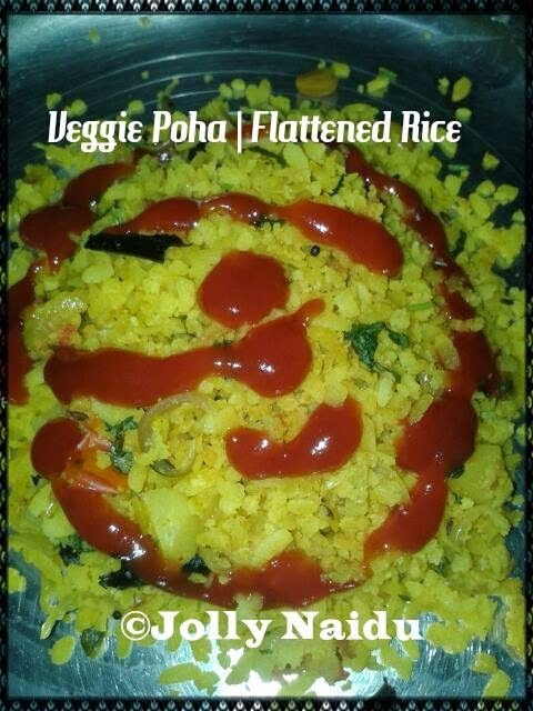 Veggie Poha | Flattened Rice | Kanda Poha Recipe