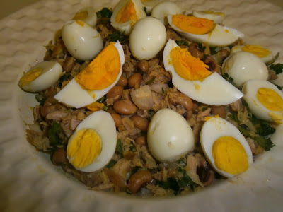 Salada de Feijão Frade com Ovos de Codorniz