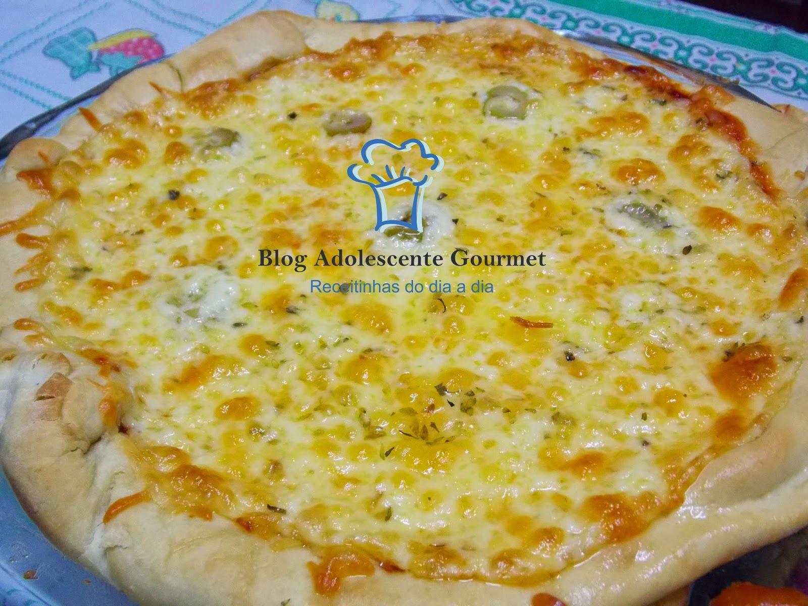 pizza de dois queijos ,com muito catupiry