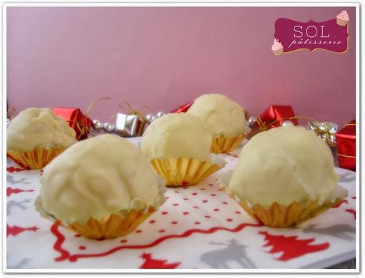 Truffes au chocolat blanc et aux amandes - Trufas de chocolate branco com amêndoas