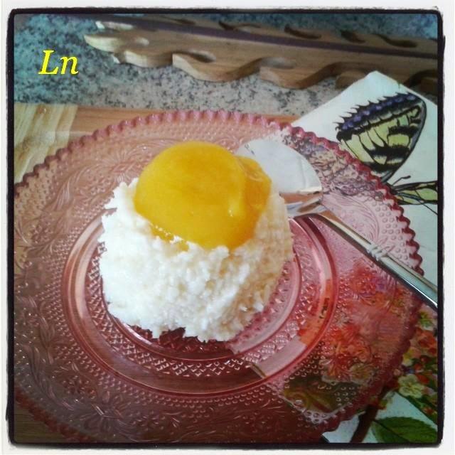 Dôme coco coulis de mangue , un dessert avec 3 ingrédients prêt en 15 minutes ^^