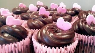 FAÇA & VENDA - Cupcakes de chocolate