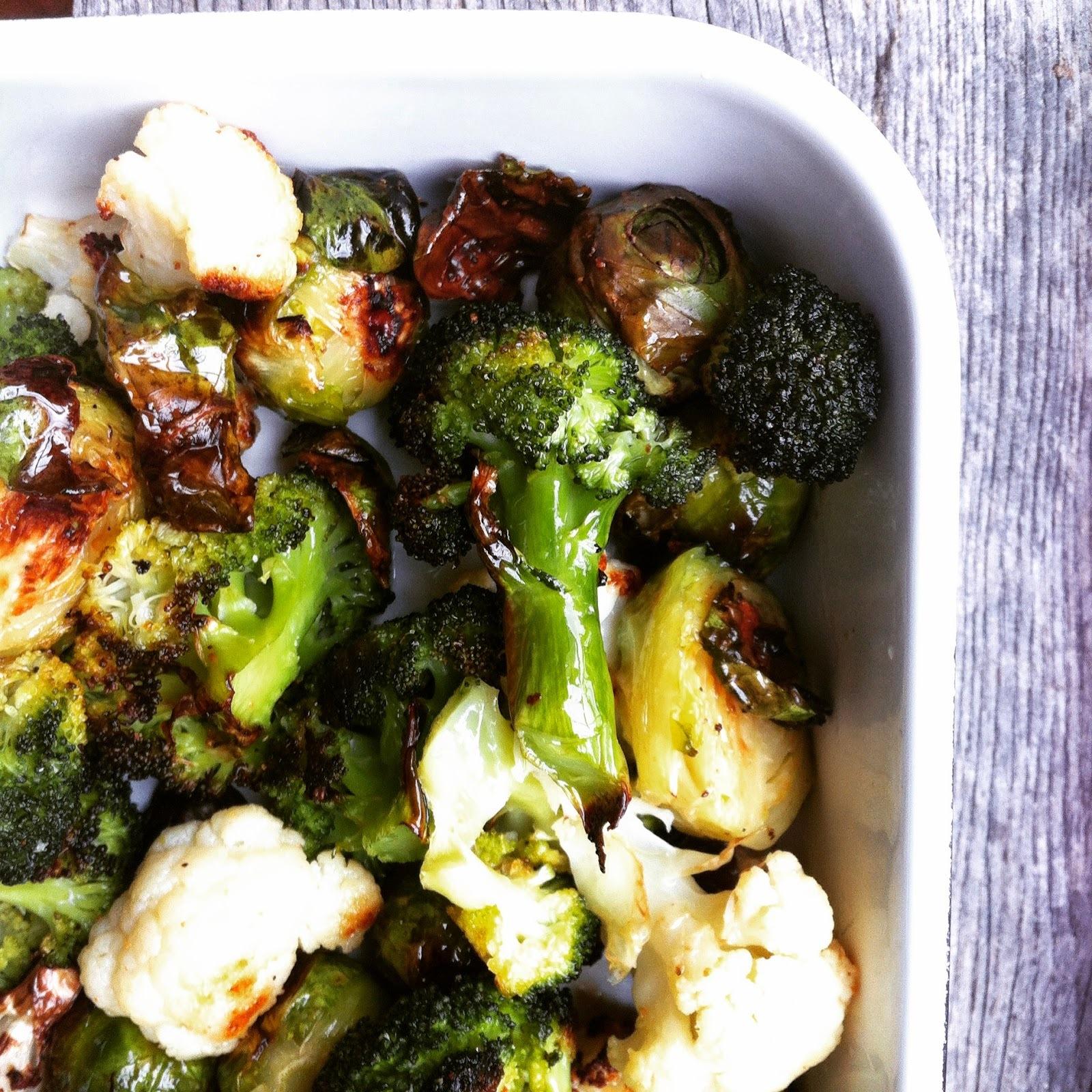 Pečena brokula, cvjetača, prokulice, mrkva...