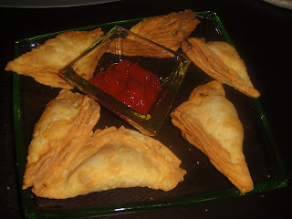 Traditional Samosa Puffs