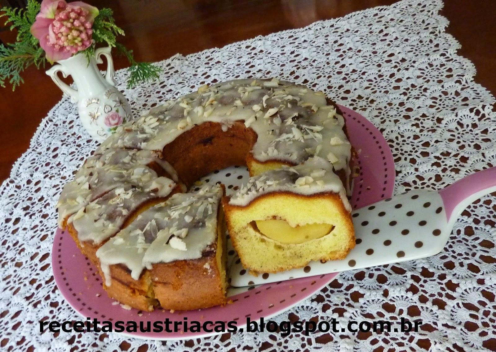 BOLO MÁRMORE DE MAÇÃS E NOZES - Marmor-Apfel-Nuss-Kuchen