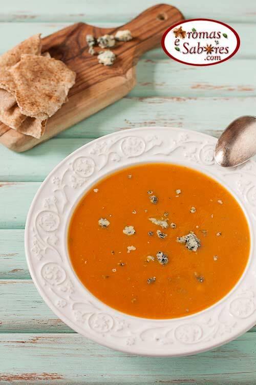 Sopa de abóbora com gorgonzola fácil