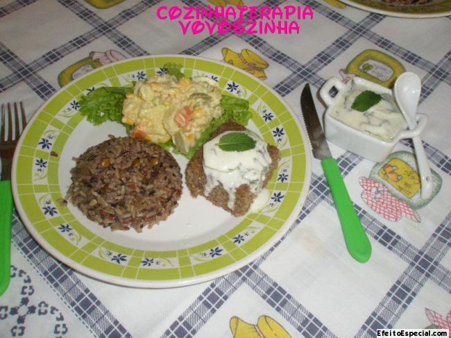 salada russa com iogurte natural e maionese