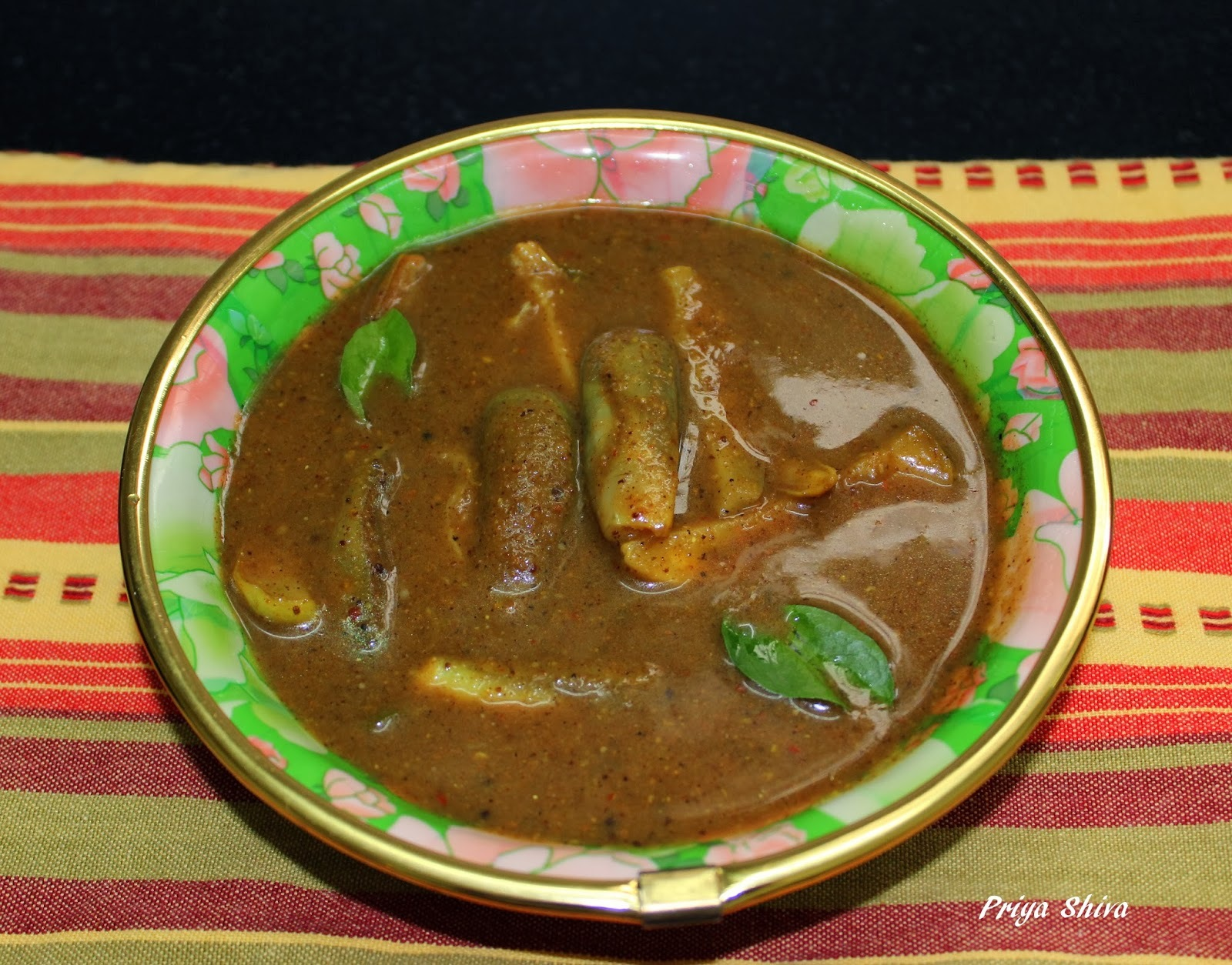 Race Kolambu / race Kozhambu / Eggplant Curry