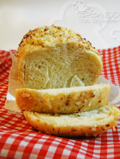 """Pão com alho - Livro """"O pão caseiro"""""""