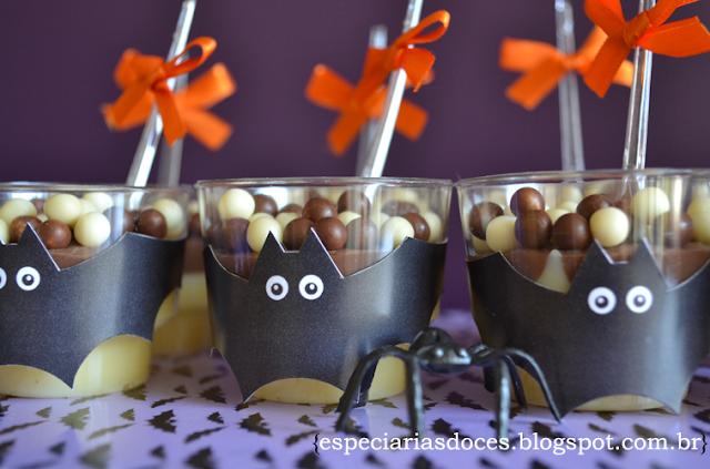 brigadeiro de copinho branco com chocolate em barra