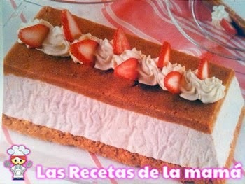 Receta de Bizcocho helado de fresas