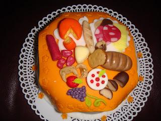 de mini bolo de chocolate para lembrança de casamento