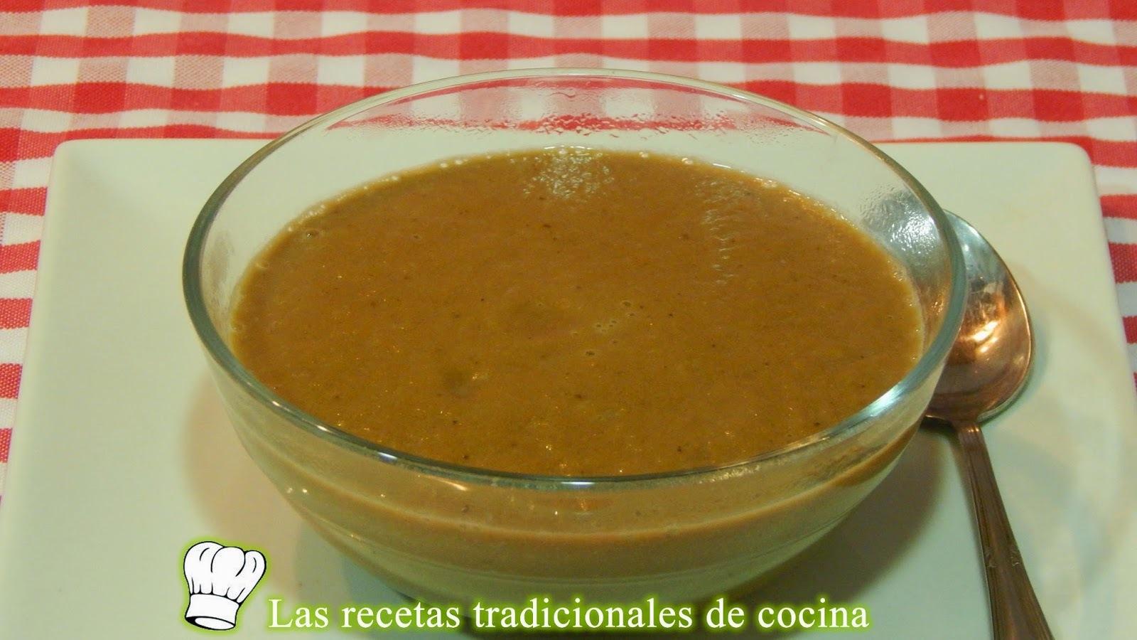 Receta fácil de salsa de cebolla y vino tinto