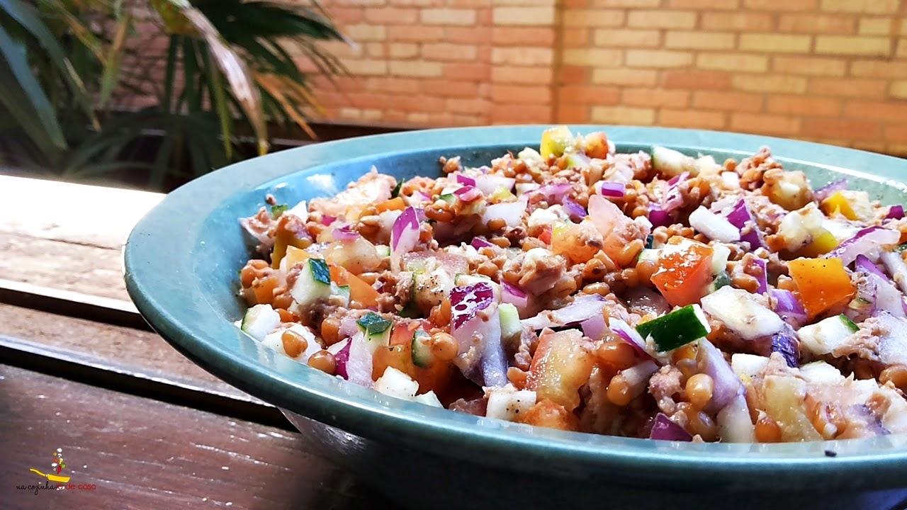 Salada de Trigo com Atum