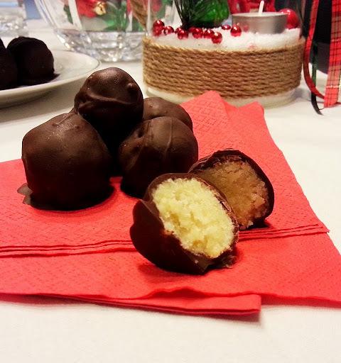 Σοκολατάκια με χειροποίητο marzipan
