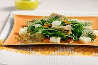 Σαλάτα με αγκινάρες, πατάτες και ρόκα
