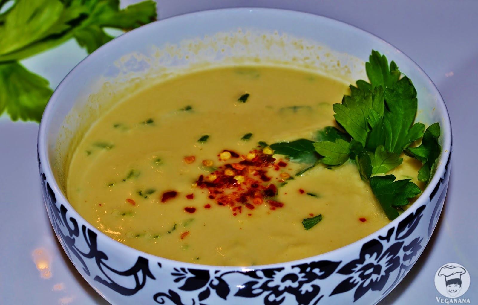 Sopa Cremosa de Grão de Bico com Aveia
