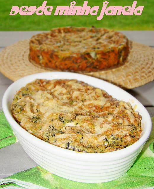 Torta de espinafre com recheio de presunto e ricota