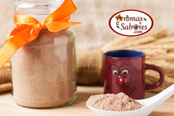 Mistura em pó caseira para chocolate quente