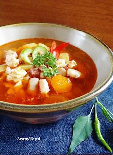 Gazdag csirkés leves bográcsban