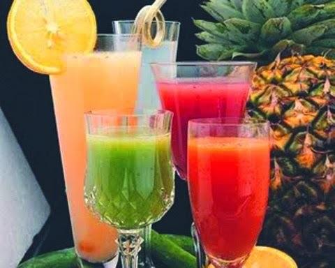 Fim de semana chegando que tal  sucos para  hidratar,desintoxicar e mais um para ressaca???