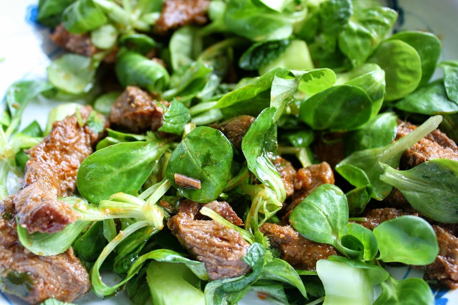 Receitas - Salada Turca com T-Bone