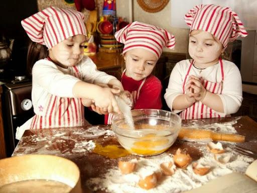 Cozinhando com as crianças: Dicas e Receita de Torta Integral de l.iquidificador {Culinária pra Crianças}