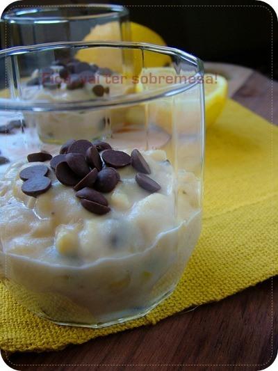Creme de banana com limão siciliano e chocolate