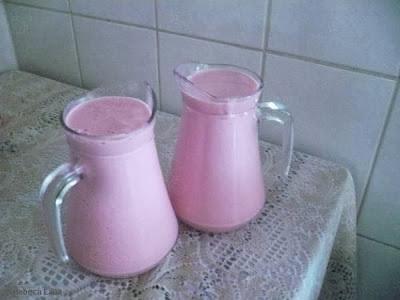 iogurte natural batido com gelatina