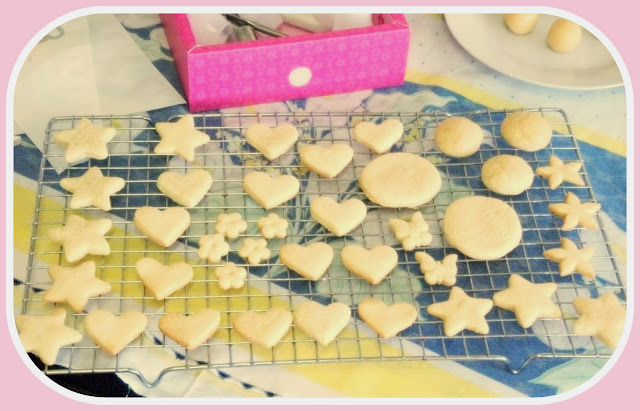 Biscoitinhos decorados e o Glacê decorativo