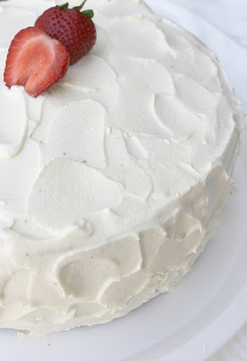Strawberry Cake with Vanilla frosting