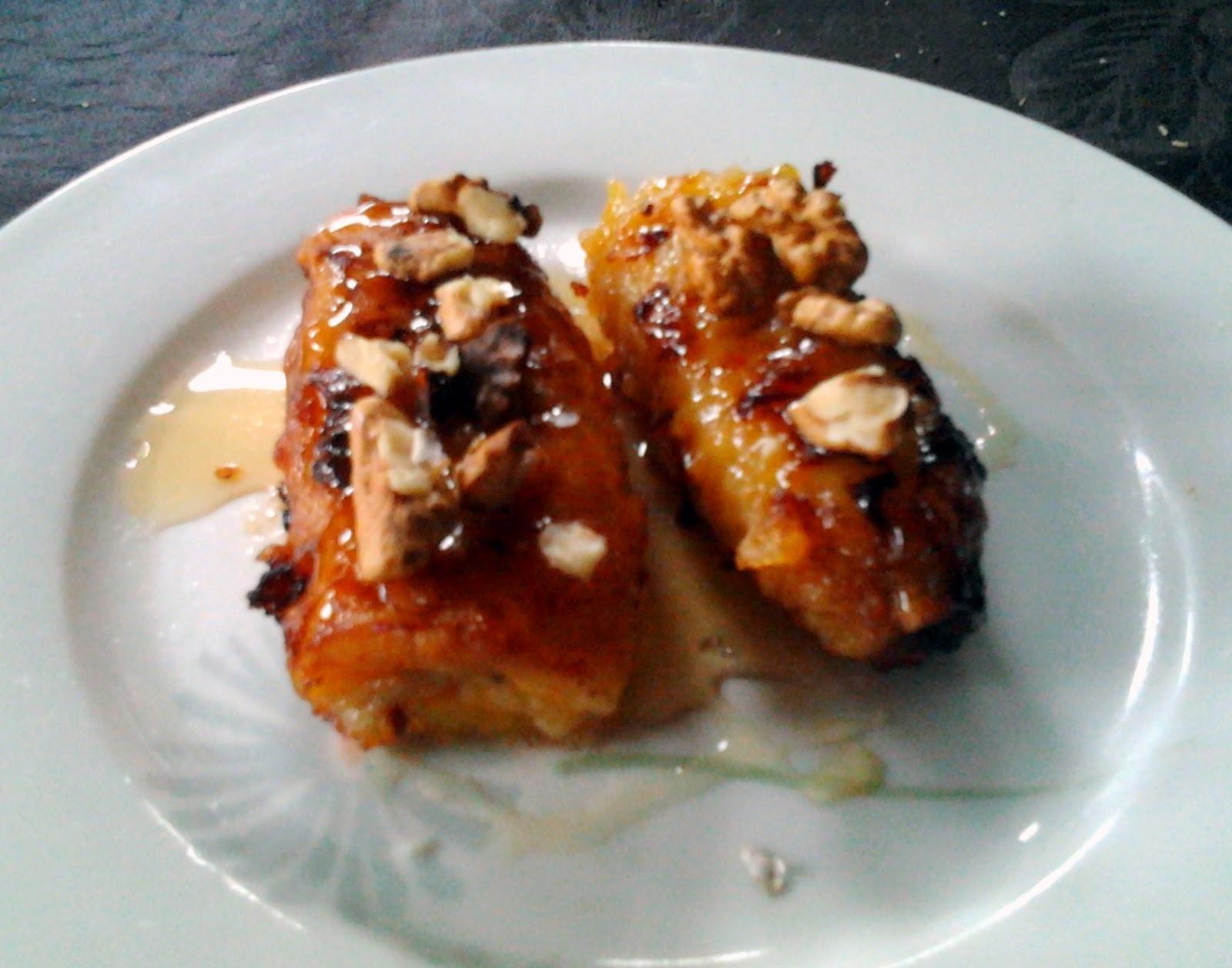 Platanos fritos con miel y nueces