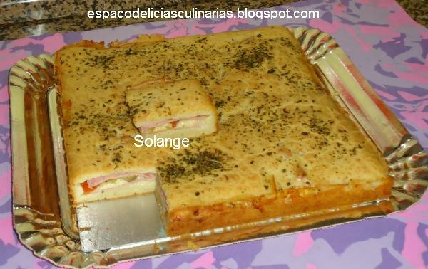 Torta de queijo, presunto e azeitonas