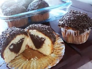 cobertura de chocolate grossa para cupcake