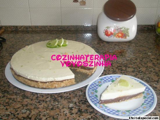 Torta mousse de limão e chocolate