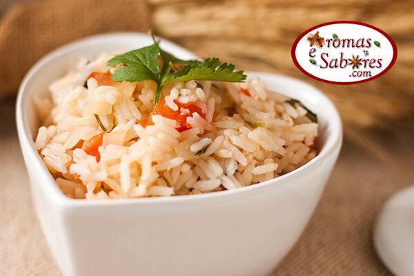 Arroz de sogro - arroz com coentro, tomate, cebola e coco