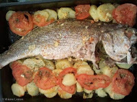 corvina assada no forno recheada