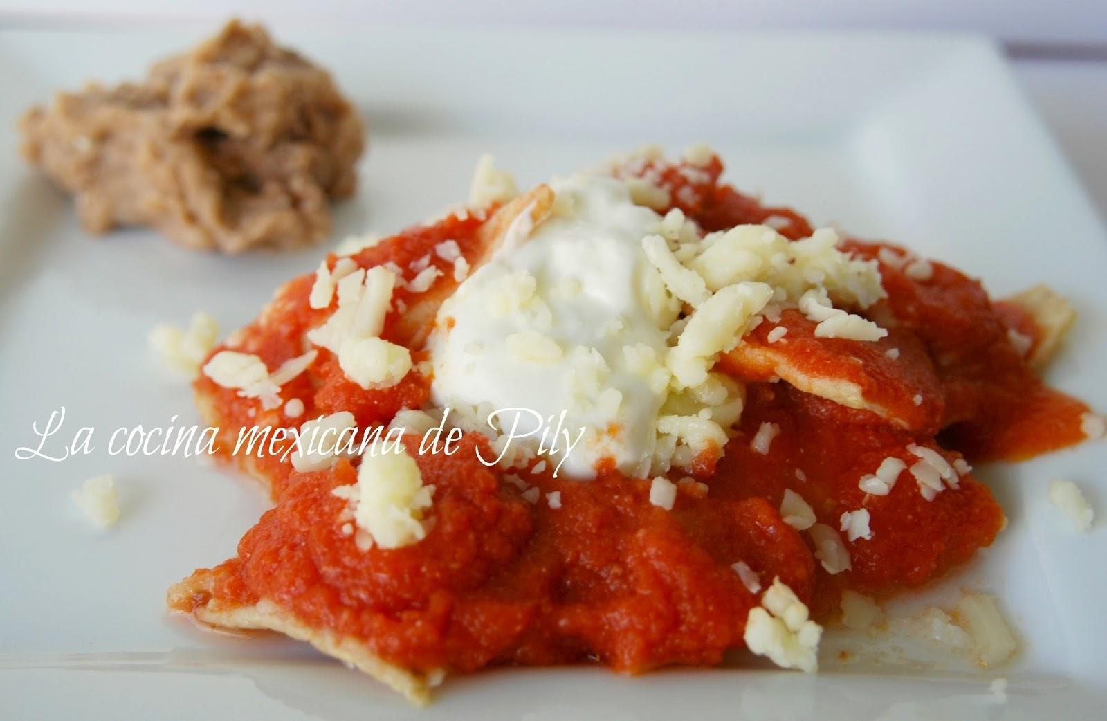 Básicos: tradicionales chilaquiles rojos