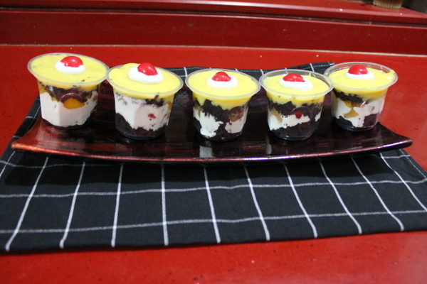 Trifle Pudding for a Crowd