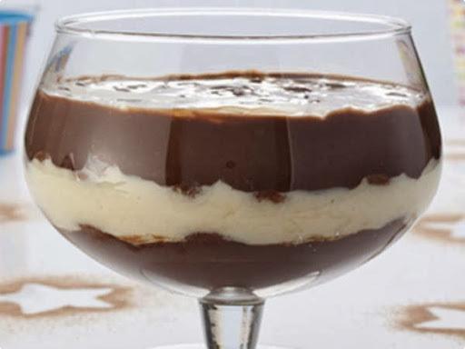 Pavê de Coco e Chocolate