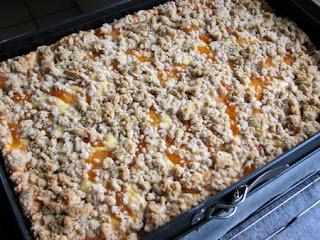 Orangenkäsekuchen mit Zimtstreuseln