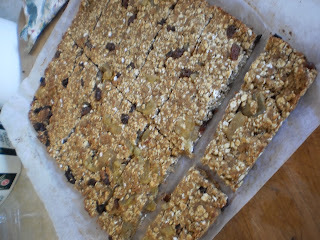 weetbix slice with sultanas