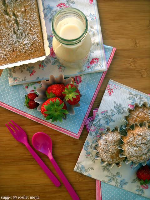 ya estamos de vuelta, con un cake de claras, almendras y canela; y unas fotos