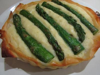 TORTA FOLHADA DE ASPARGOS
