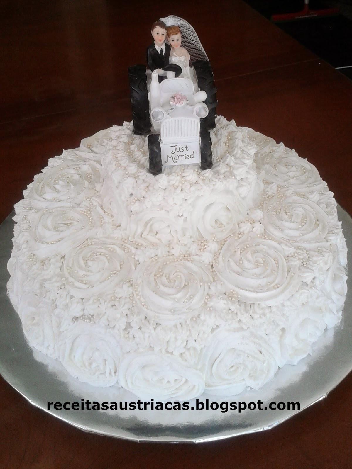 como confeitar bolo de casamento com glacê