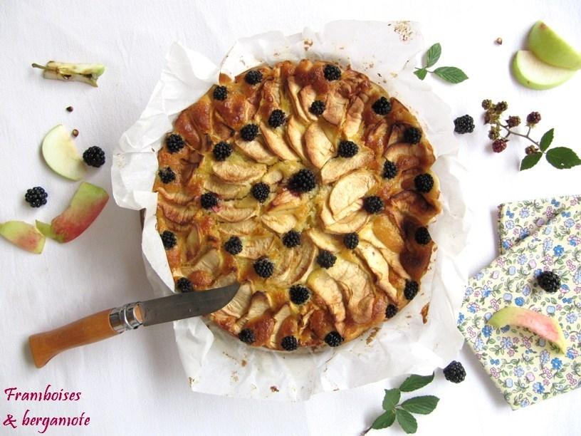 Gâteau norvégien aux pommes et aux mures (ou Eplekake)