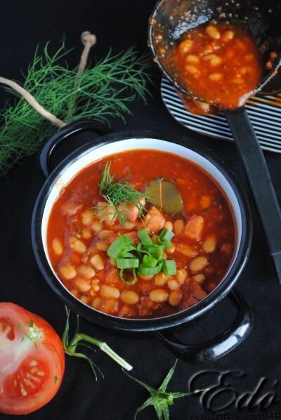 Paradicsomos fehérbab leves kaprosan