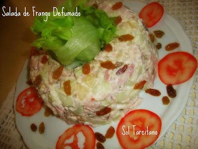 Salada de frango defumado  (agridoce)