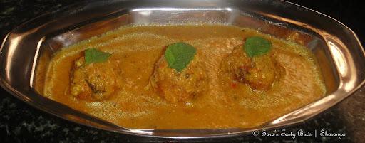 Yam Kofta curry / Senai Urundai Kulambu